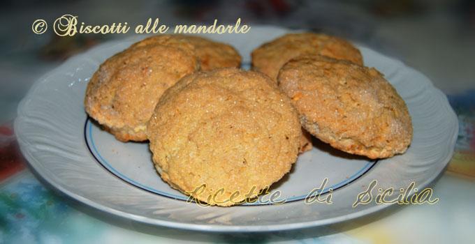 biscotti-alle-mandorle-minne-di-vecchia [680 350]