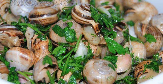 Lumache con aglio e prezzemolo