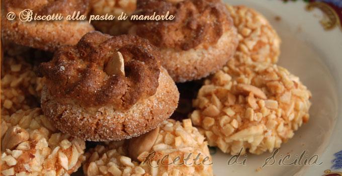 biscotti-alla-pasta-di-mandorle 680350