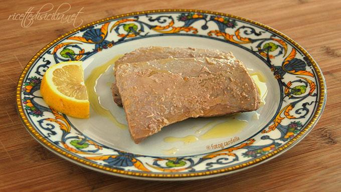 Tonno fresco bolllito alla citronette (olio, sale e limone)